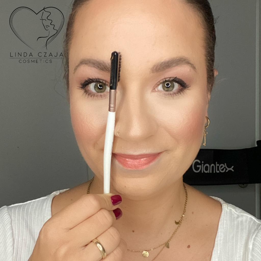 Augenbrauen DIY - der innere Ansatz der Augenbraue - Bild Linda Czaja
